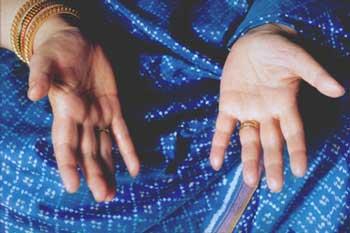 blue_hands_350x233